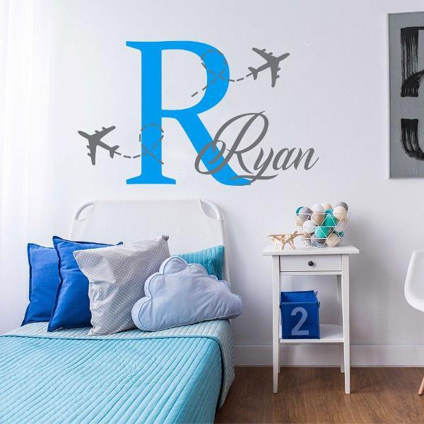 Adesivo seu nome e avião para parede quarto menino infantil