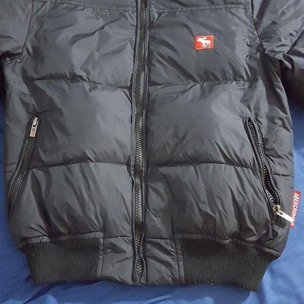 Blusa/jaqueta abercrombie preta