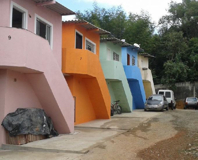casas em condominio fexado