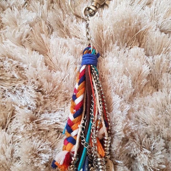 Chaveiro ou pingente bolsa artesanal - tassel colorido e