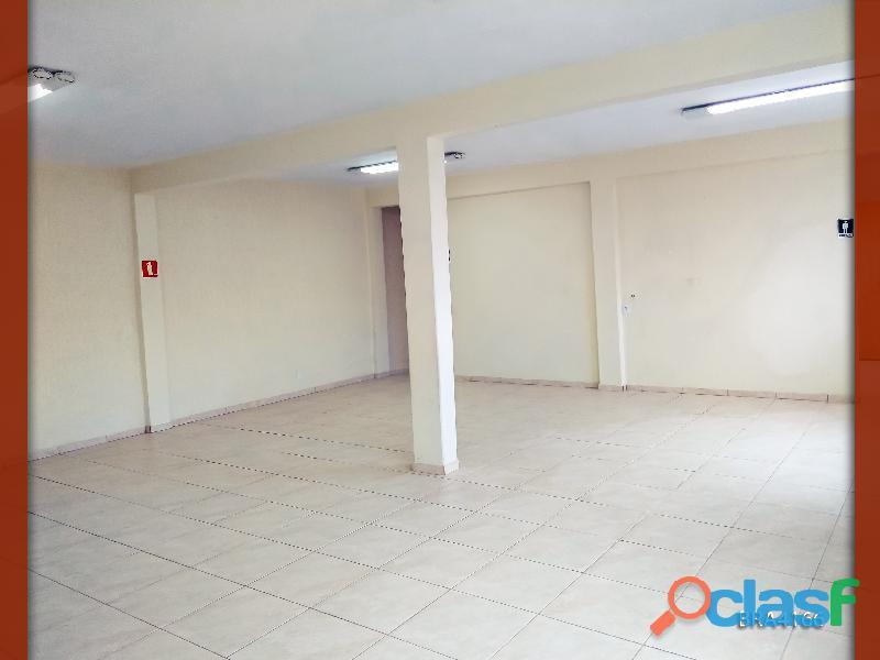 Salão comercial versátil, com localização estratégica e em ótimas condições!