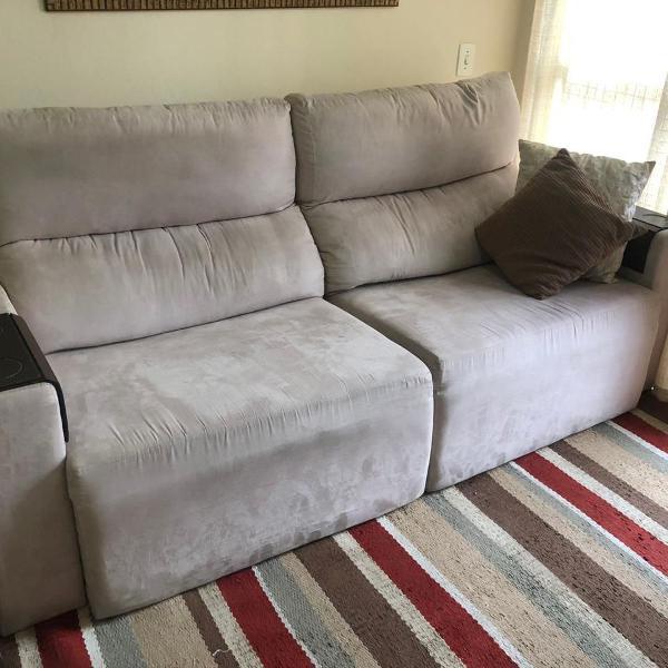 Sofá 3 lugares (retrátil e reclinável) + almofadas le lis