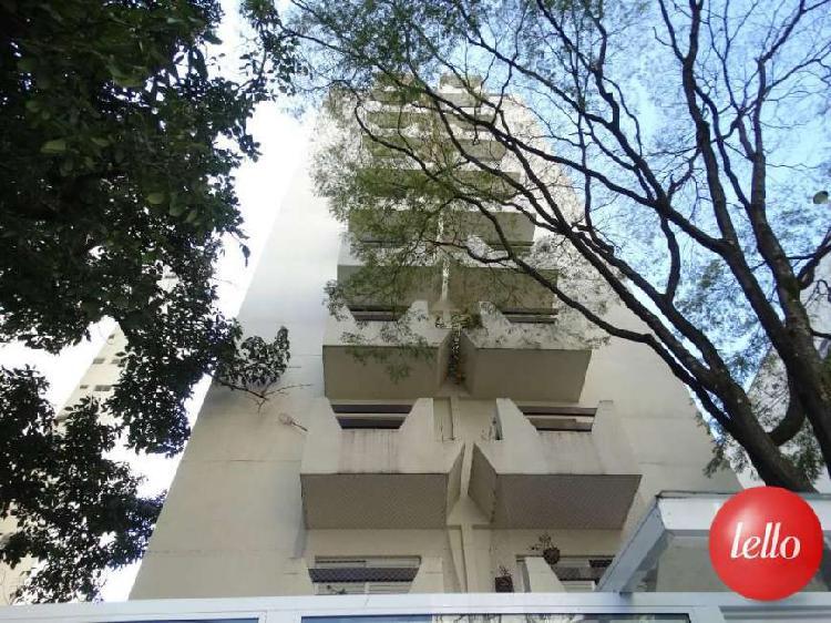 Apartamento com 2 quartos para alugar, 77 m² por r$