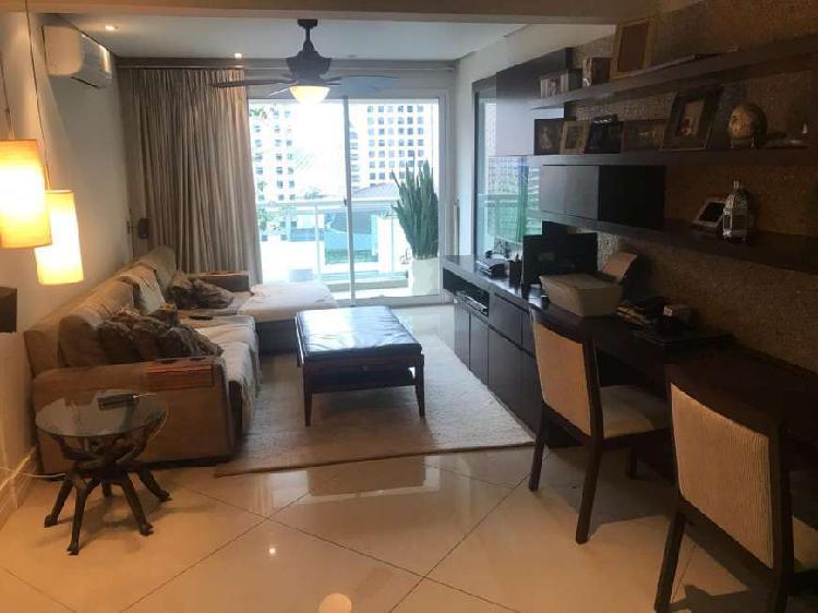 Apartamento com 2 quartos para alugar, 98 m² por r$