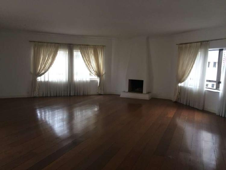 Apartamento com 4 quartos para alugar, 393 m² por r$