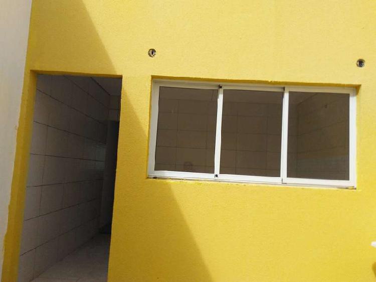 Casa com 3 quartos para alugar, 150 m² por r$ 3.000/mês