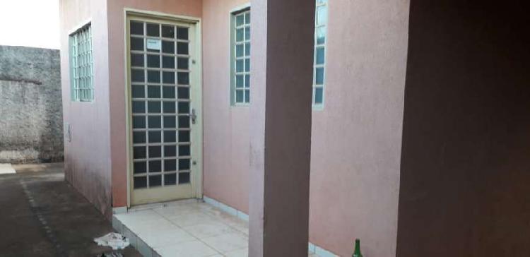 Casa de condomínio com 2 quartos para alugar, 130 m² por