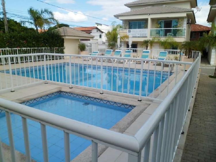 Casa de condomínio com 2 quartos para alugar, 84 m² por r$