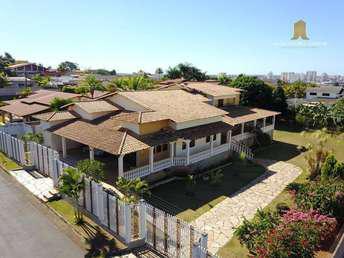 Casa em condomínio com 5 quartos para alugar no bairro