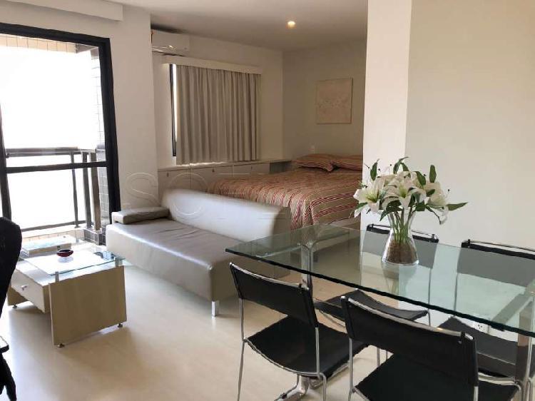 Flat com 1 quarto para alugar, 40 m² por r$ 2.700/mês cod.