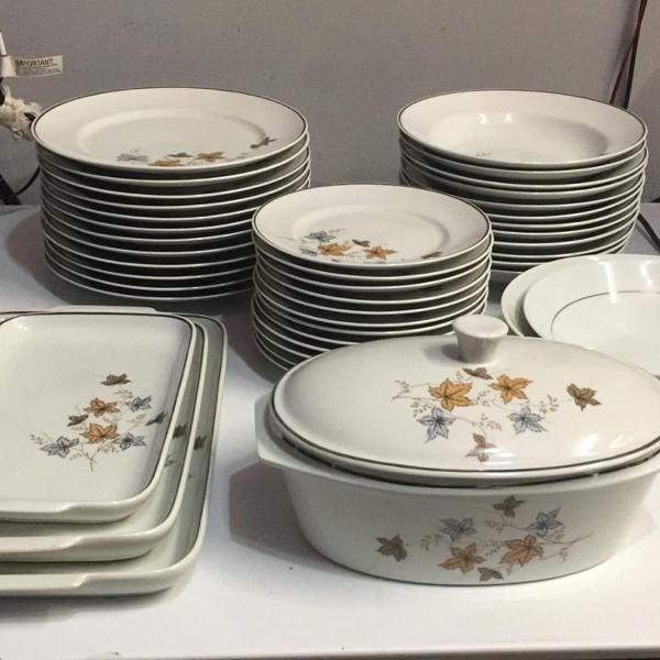 Conjunto de jantar novo 42 peças em porcelana steatita