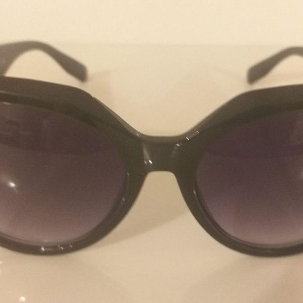 Culos de sol feminino importado lente grande redondo preto