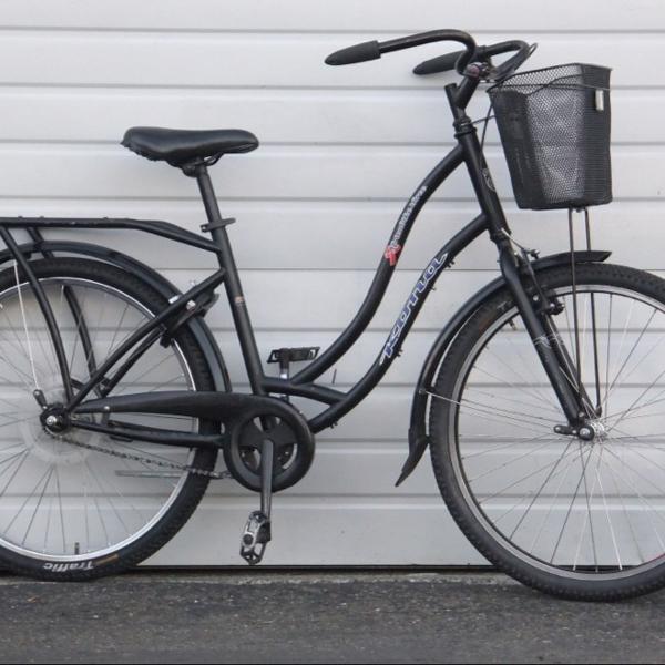 kona bike com cadeirinha