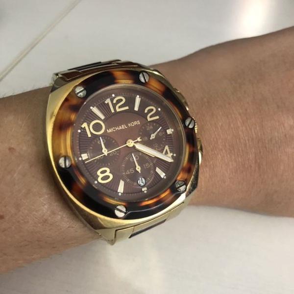 Relógio michael kors dourado / tartaruga