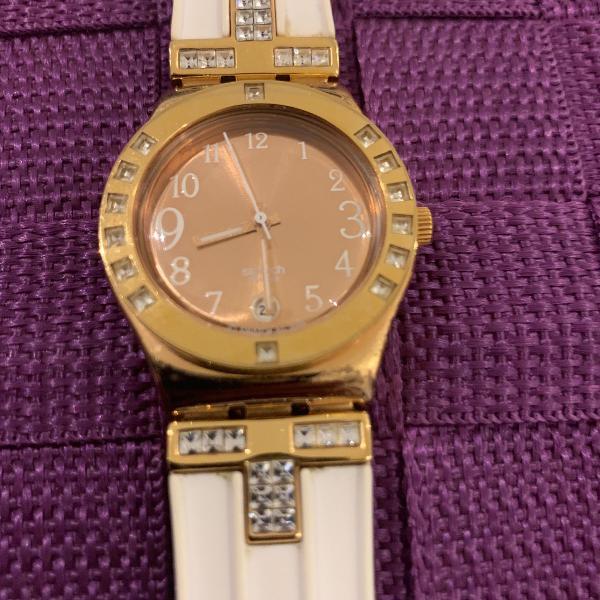 Relógio swatch branco/rose