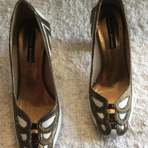 Sapato couro paula bahia