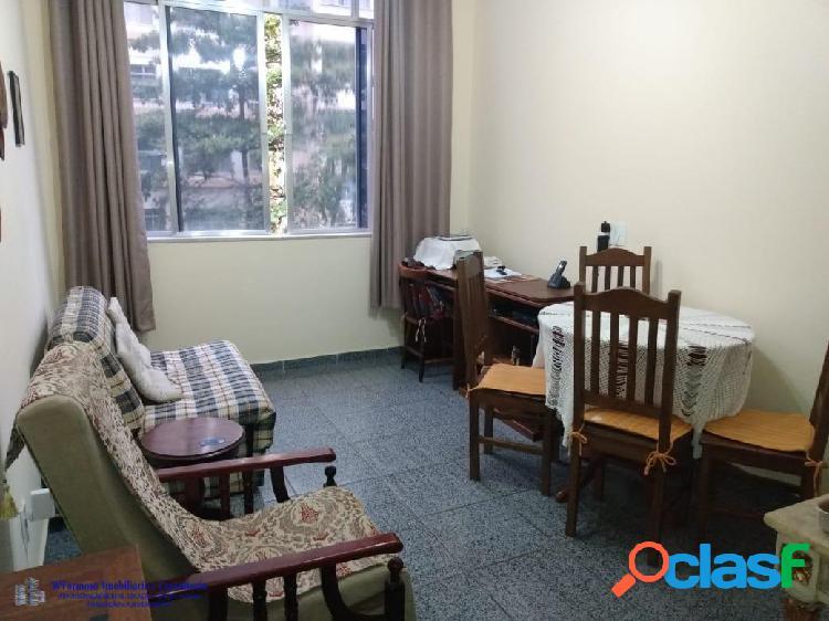 Excelente sala/quarto, rua figueiredo magalhães copacabana