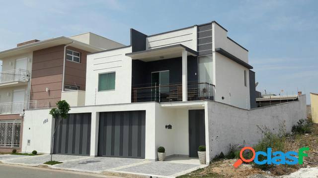 Casa com 3 dorms em Poços de Caldas - Loteamento Jardim Nova Europa por 890 mil à venda