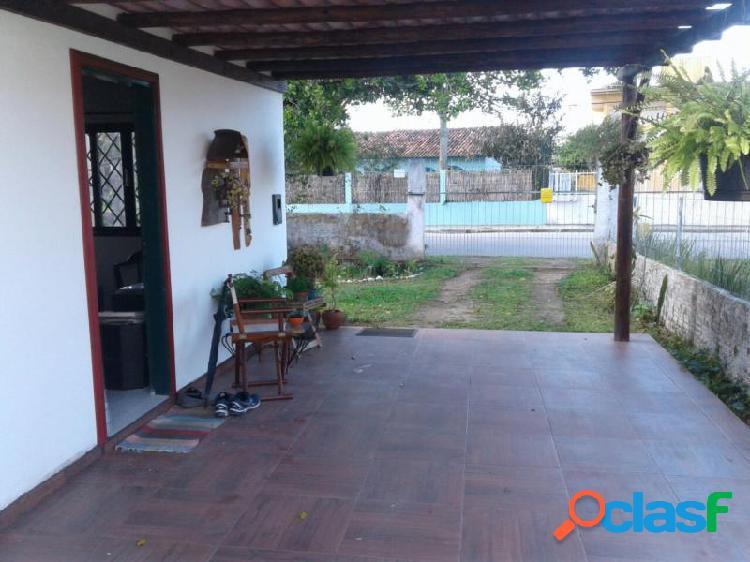 Casa com 2 dorms em florianópolis - canasvieiras por 355 mil à venda