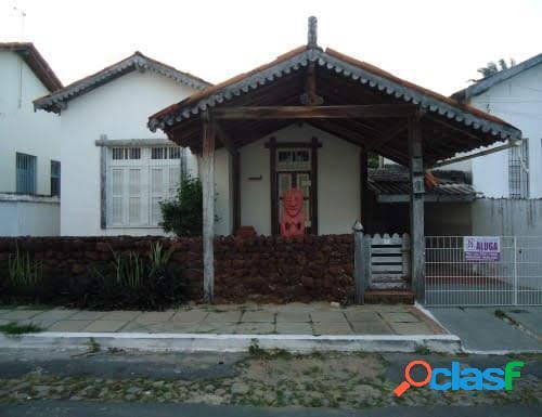 Casa com 3 dorms em parnaíba - centro por 250 mil à venda