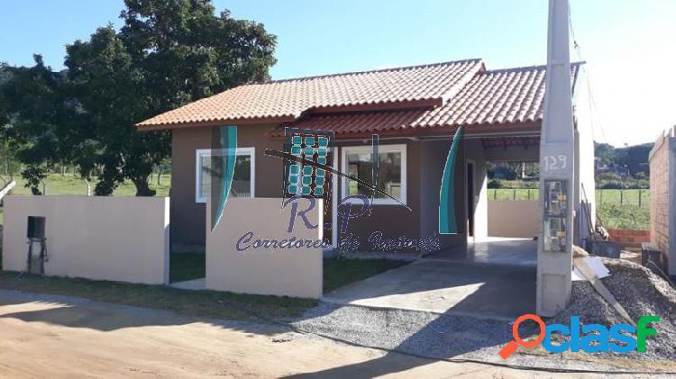 Casa com 2 dorms em florianópolis - são joão do rio vermelho por 165 mil à venda