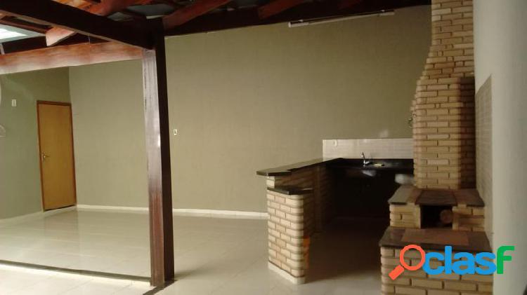 Casa com 3 dorms em uberlândia - jardim patrícia por 420 mil à venda