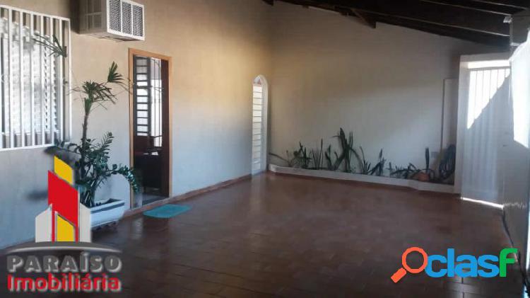 Casa com 3 dorms em uberlândia - santa rosa por 400 mil à venda