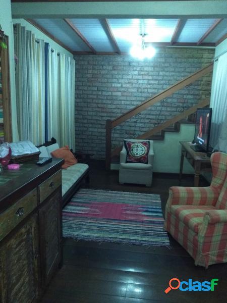 Casa com 3 dorms em petropolis - nogueira por 330 mil à venda
