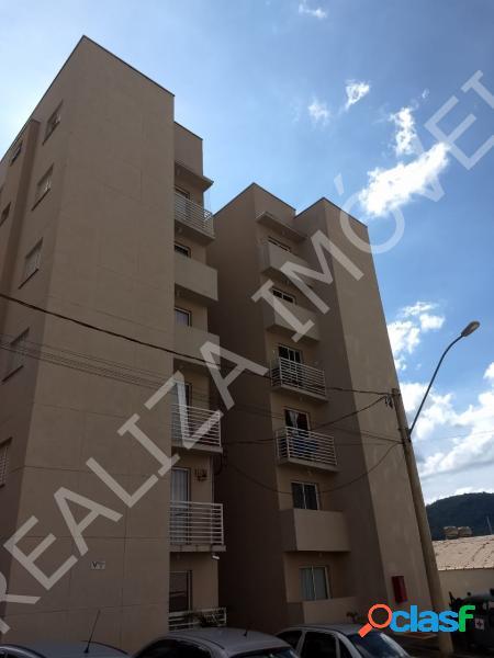 Apartamento com 2 dorms em Poços de Caldas - Estância Poços de Caldas por 170 mil à venda