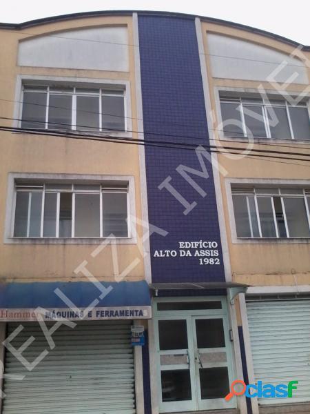 Apartamento com 3 dorms em Poços de Caldas - Centro por 1.2 milhões à venda