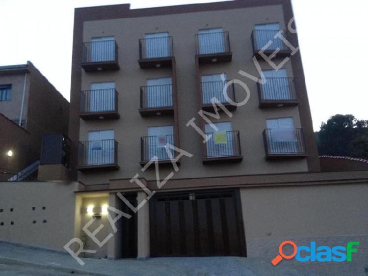 Apartamento com 3 dorms em Poços de Caldas - Jardim Vitória por 240 mil à venda