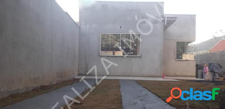 Casa com 2 dorms em Poços de Caldas - Estância Poços de Caldas por 199.5 mil à venda