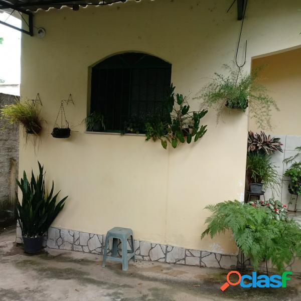 Casa com 2 dorms em itaboraí - centro (porto das caixas) por 150 mil à venda