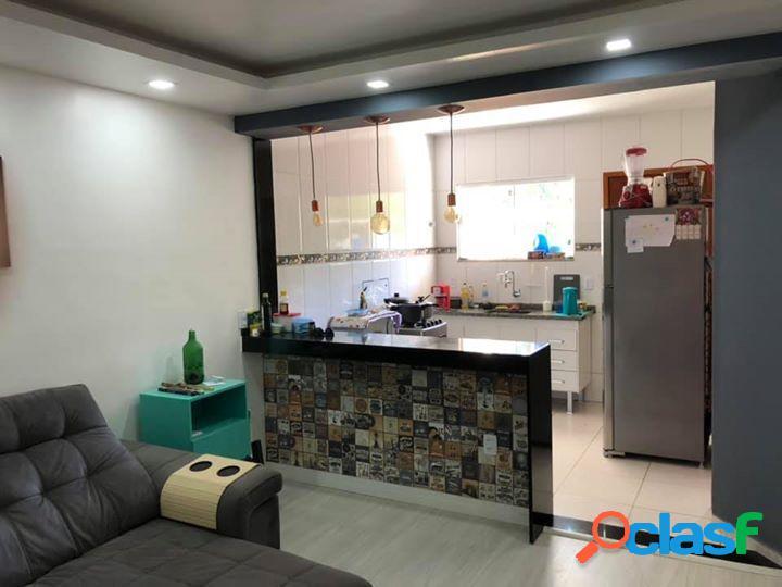 Casa em maricá - caju (ponta negra) por 250 mil à venda