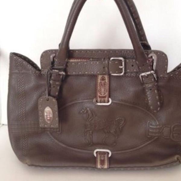 Bolsa fendi selleria!!! toda feita à mão! linda! original