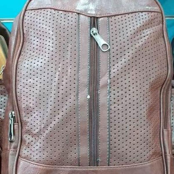 Bolsa feminina mochila linda em couro pu de costas barata