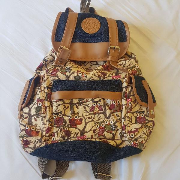Bolsa mochila estampa coruja