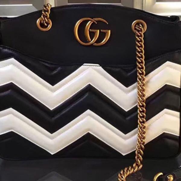 Gucci bag marmont black white medium