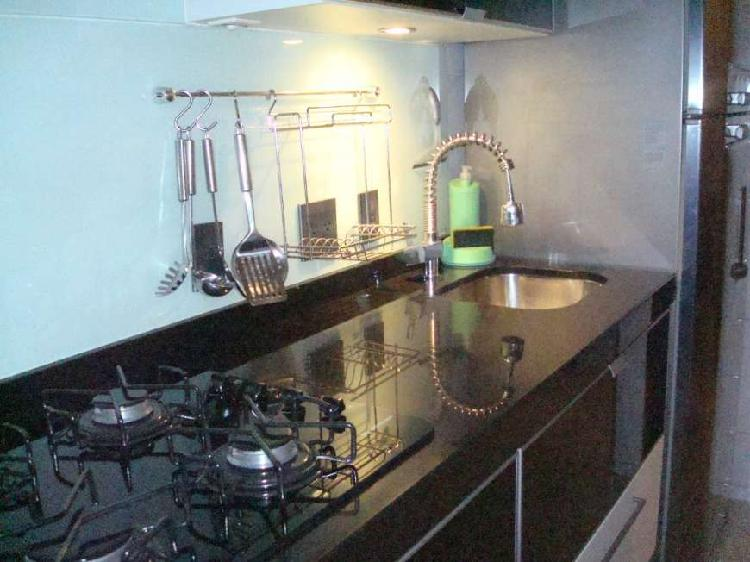 Apartamento com 2 quartos à venda, 68 m² por r$ 380.000