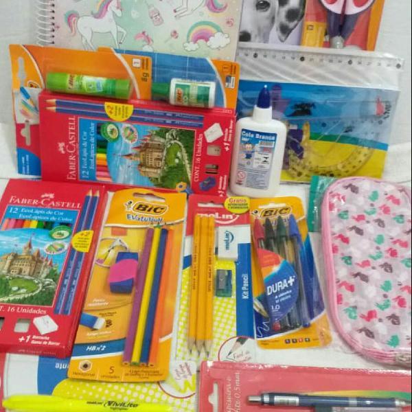 Kit volta às aulas com vários produtos
