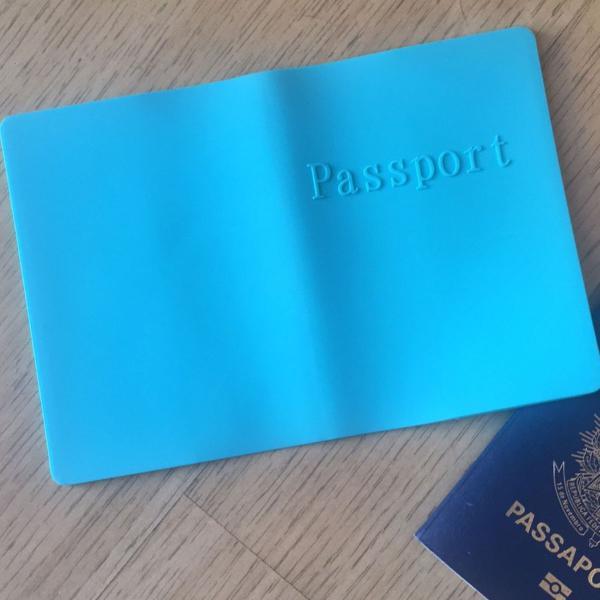 Porta passaporte verdinho