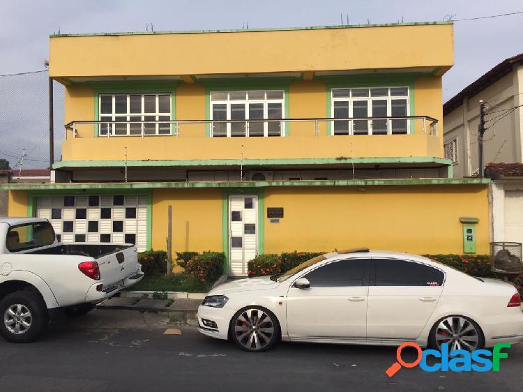 Alugo excelente Casa Duplex para fins residenciais ou comerciais no Pq 10 - Manaus Amazonas Am