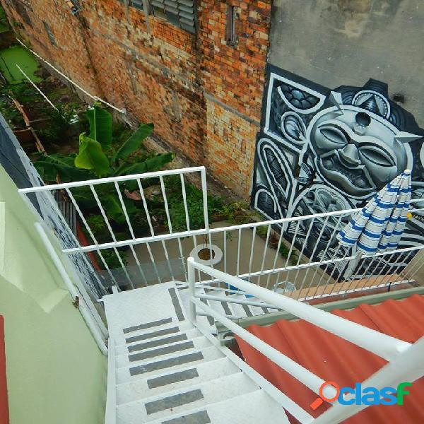 Vendo ou alugo Ótima casa para fins comerciais ou residenciais sendo patrimônio Histórico em Manaus Amazonas am 3
