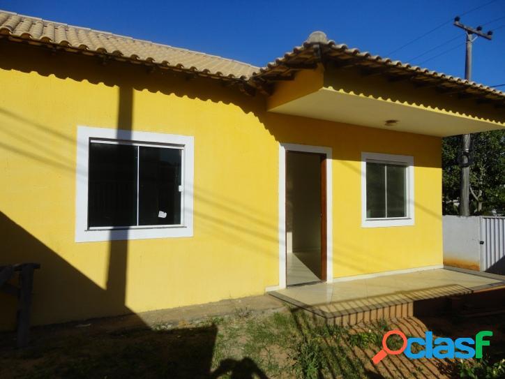 Casa para venda tem 64 metros quadrados e 2 quartos em viaduto - araruama - rj.