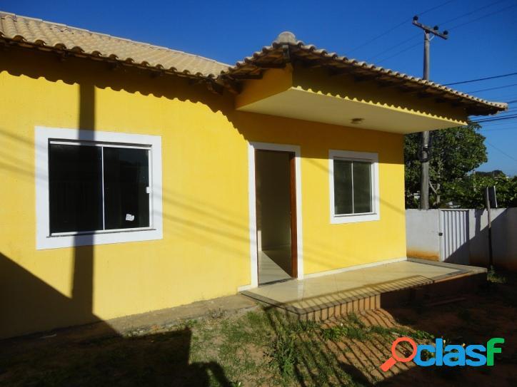 Casa para venda tem 64 metros quadrados e 2 quartos em Viaduto - Araruama - RJ. 1