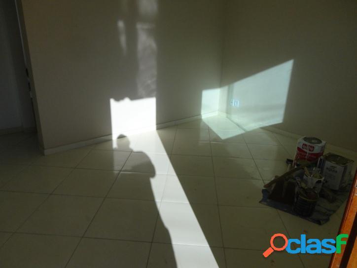 Casa para venda tem 64 metros quadrados e 2 quartos em Viaduto - Araruama - RJ. 3