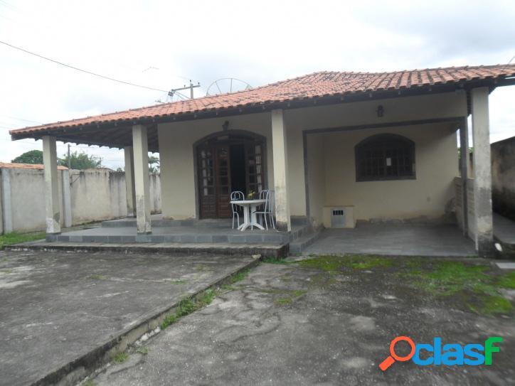 Casa para venda com 130 metros quadrados e 3 quartos no Parque Alves Branco - Araruama - RJ. 1