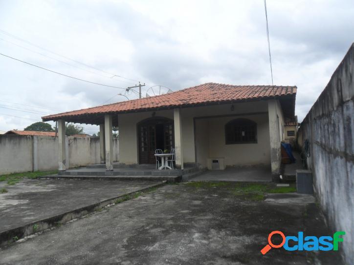 Casa para venda com 130 metros quadrados e 3 quartos no Parque Alves Branco - Araruama - RJ. 3