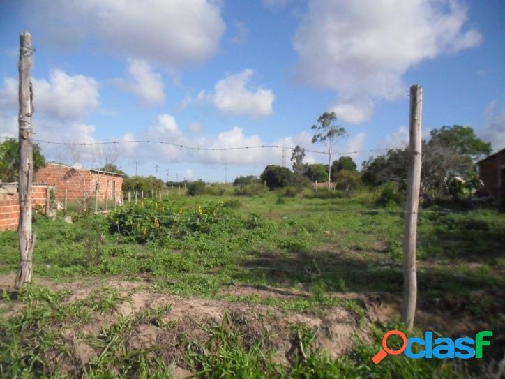 Excelente Lote/Terreno para venda. Com 900 metros quadrados na Fazendinha - Araruama - RJ. 2