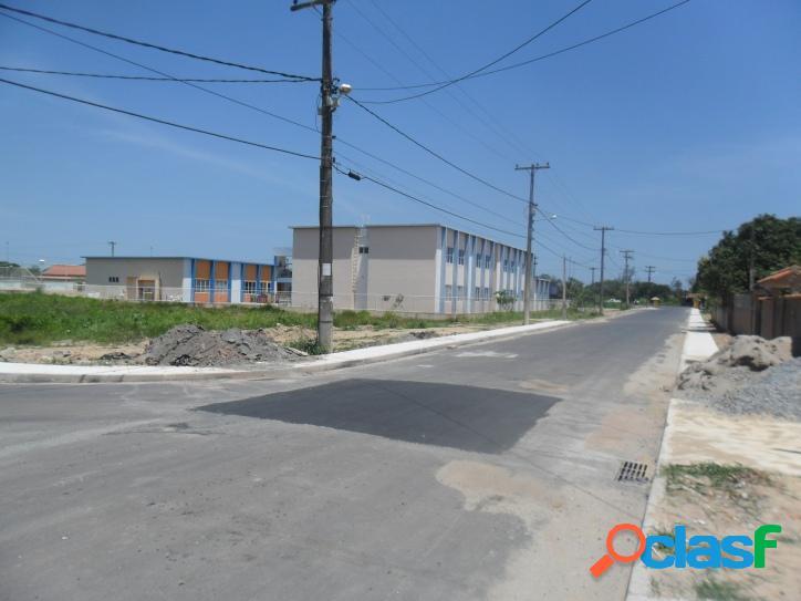 Excelente terreno de 450 m2, em rua asfaltada a 150 m da rodovia de frente a entrada de Praia Seca 1